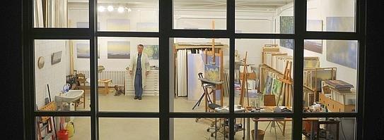 Hans Werner Thurmann in seinem Atelier. Foto: Marc Albers/WAZ Foto-Pool