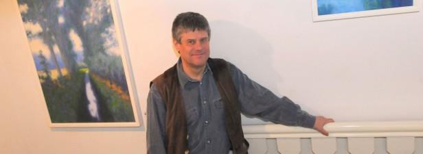 Hans Werner Thurmann, hier bei einer Ausstellung im Peschkenhaus in Moers.